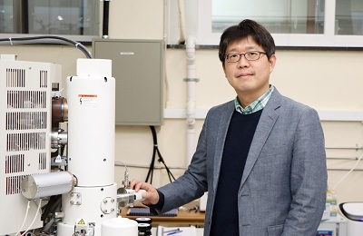 Professor Junsuk Rho Wins the Young Investigator Award from MNE