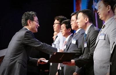 전자 홍원빈 교수, 제55회 발명의 날 '과학기술정보통신부장관' 표창